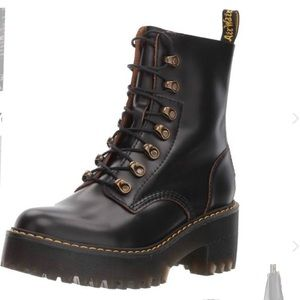 Dr. Martens Leona Vintage Smooth Boot Black